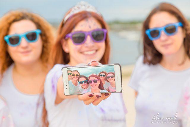 EVJF et la photo de groupe selfie