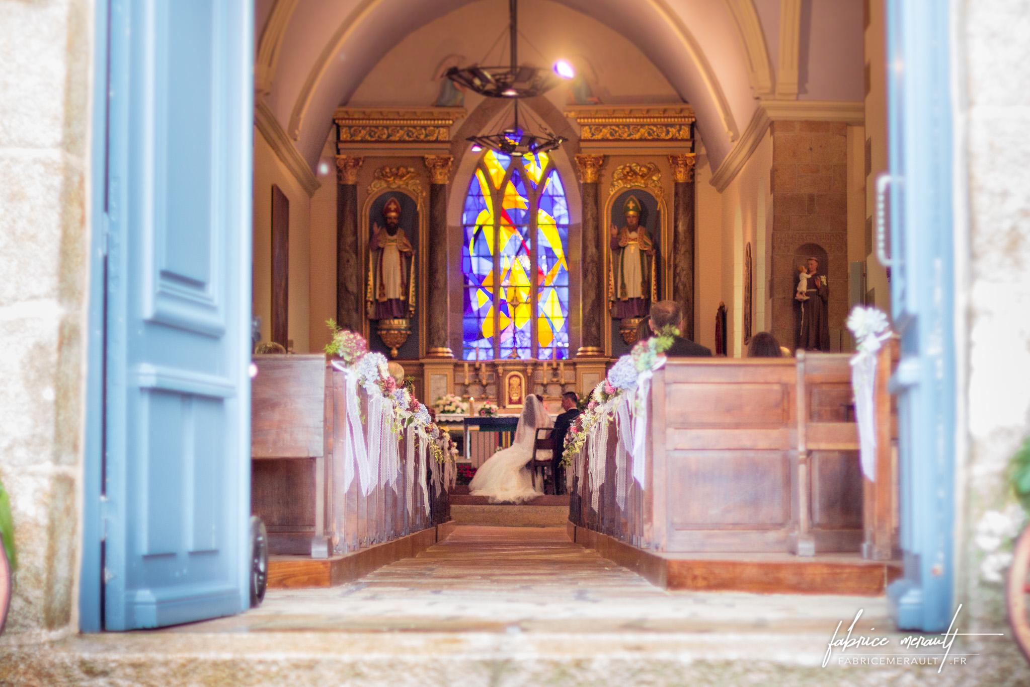 Photographie de la cérémonie de mariage à l'église
