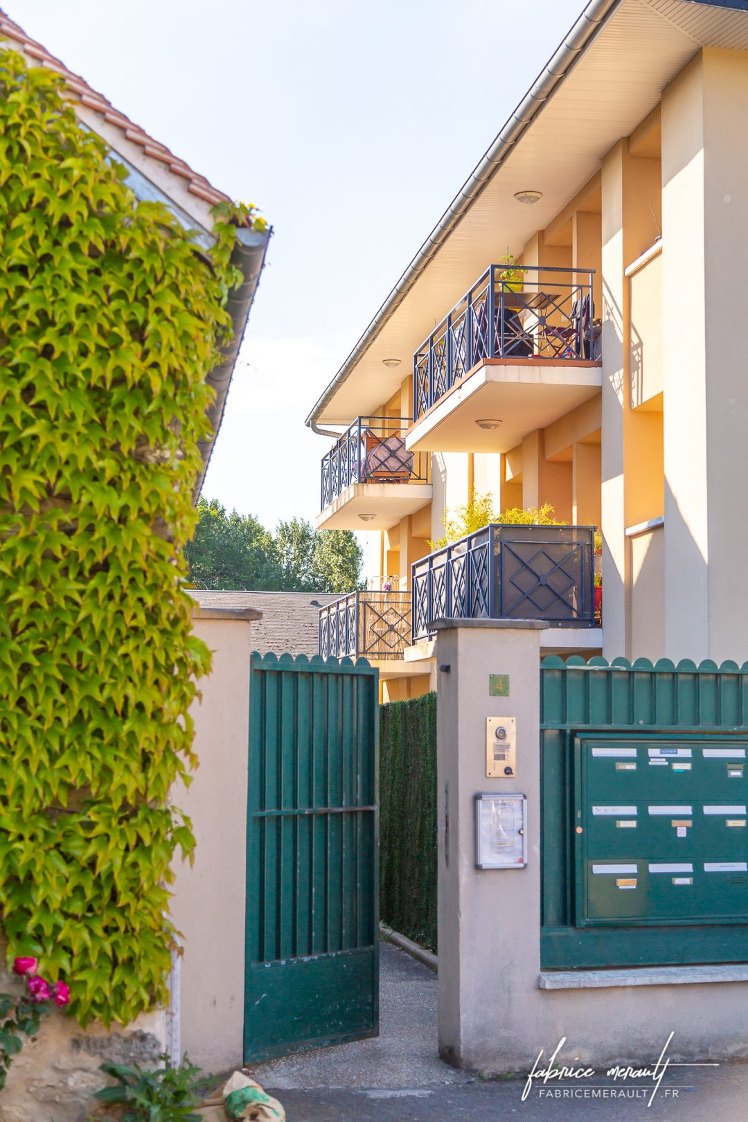 Photographie immobilière - Entrée de la copropriété