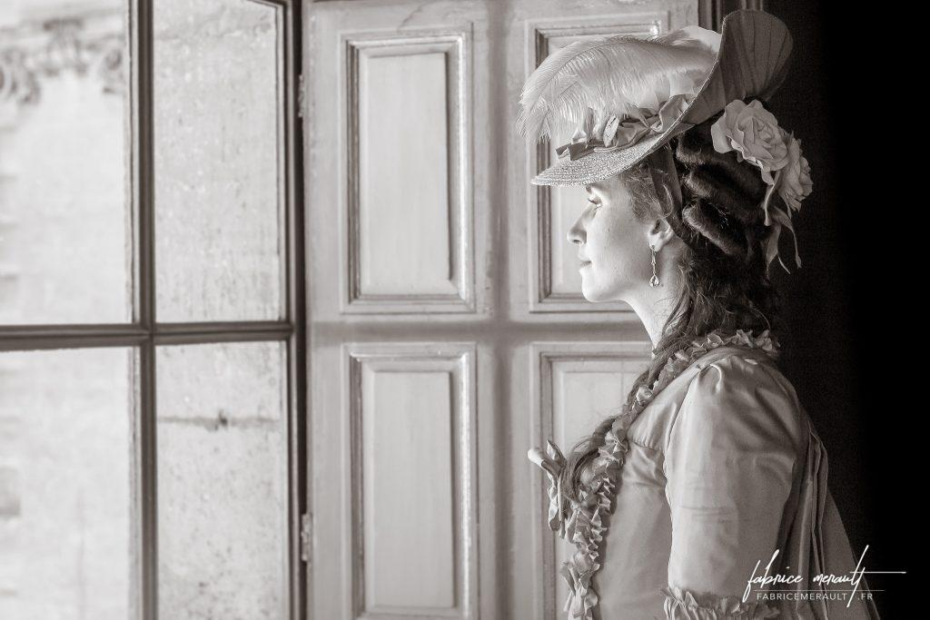 """""""Melly"""" (@mellyswardrobe) dans le Château de Vaux-le-Vicomte"""