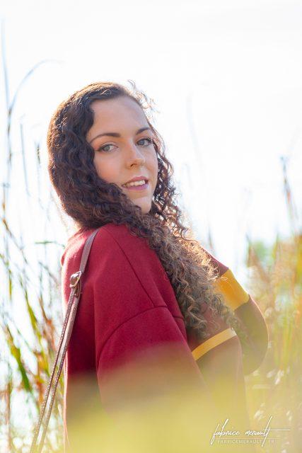 """Shooting photo «Lifestyle» — Laura au bord de l'étang de Magny-le-Hongre, dans le style """"Harry Potter"""""""